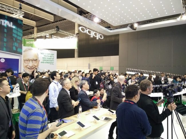 oppo-mwc2016-022016-07