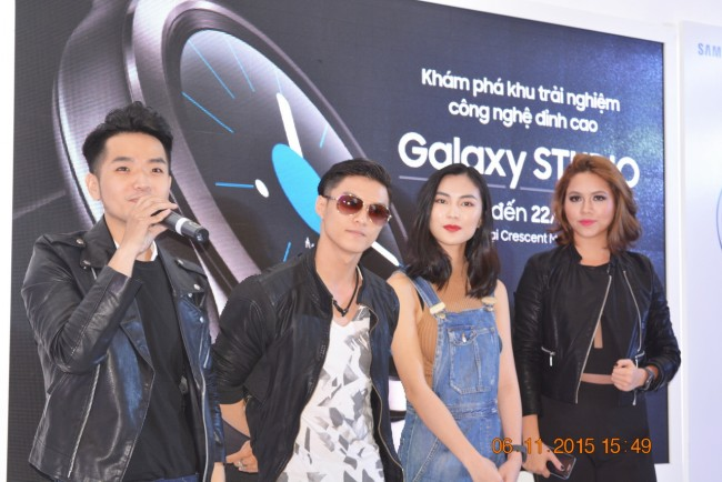 151106-samsung-gear-s2-launch-17_resize
