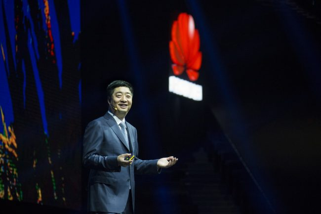 Ken Hu, Huawei's Rotating CEO, gave keynote at HUAWEI CONNECT 2016_resize